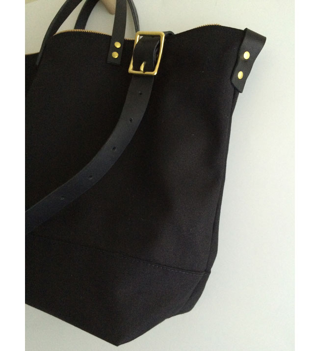 Modern-Coup-Black-Waxed-Canvas-and-Leather-Utility-Tote-Side-Profile