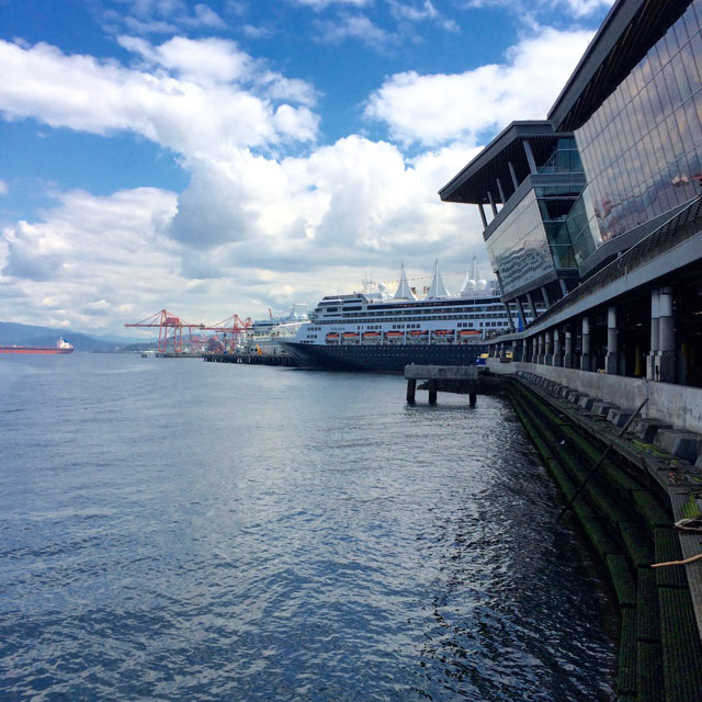modern-coup-bags-vancouver-convention-centre-port