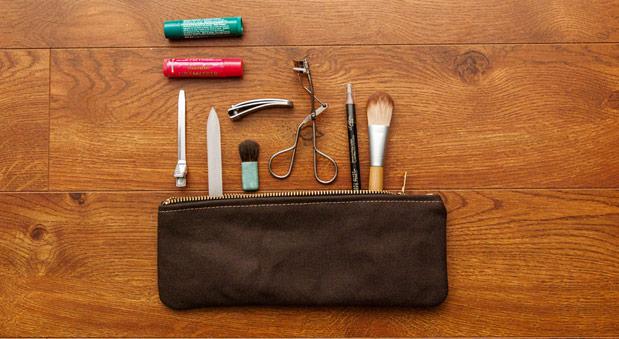 modern-coup-brown-zipper-pouch