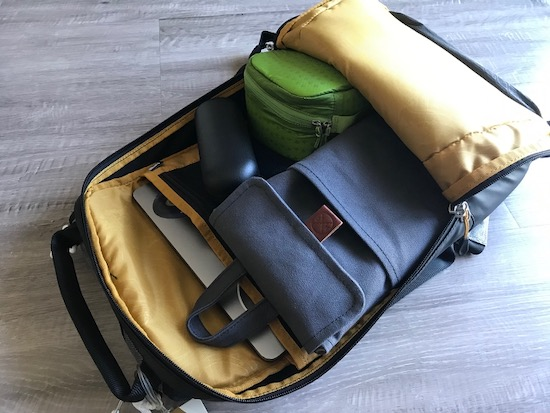 60% mechanical keyboard case or sleeve for travelling
