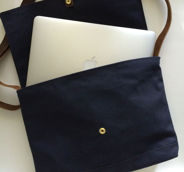 modern-coup-field-bag-13'-macbook-air