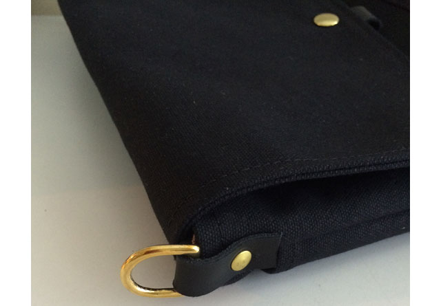 modern-coup-field-bag-waxed-canvas-and-leather-black-solid-brass-hardware