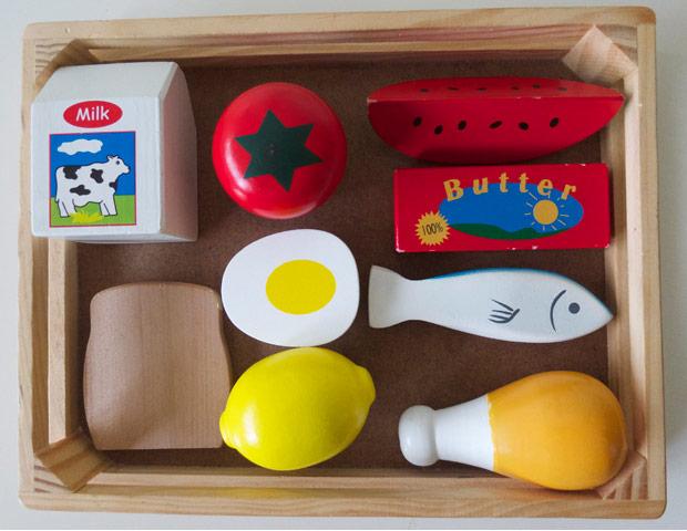modern-coup-melissa-and-doug-play-food-groups