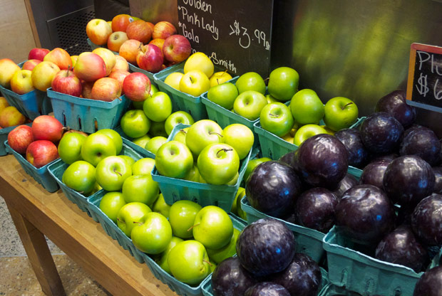 modern-coup-new-york-city-grand-central-terminal-market-fruits