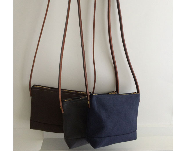 modern-coup-petite-purse-colours-waxed-canvas-bag