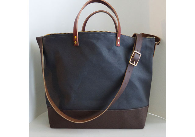 modern-coup-utiltiy-tote-waxed-canvas-leather-bag-grey