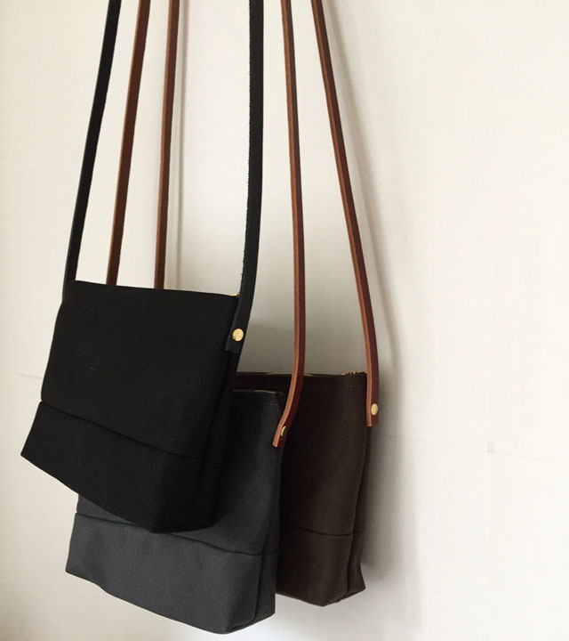 modern-coup-waxed-canvas-and-leather-bags-petite-purses