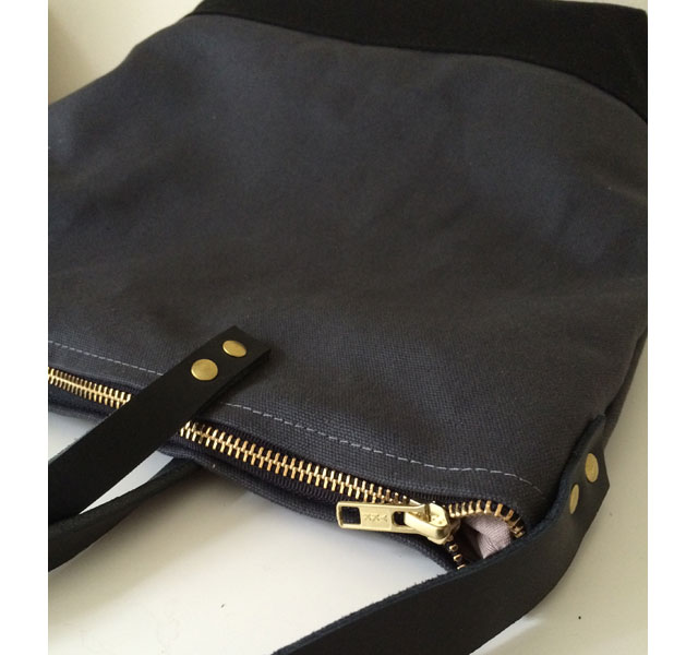 modern-coup-waxed-canvas-and-leather-commuter-bag-zipper-top
