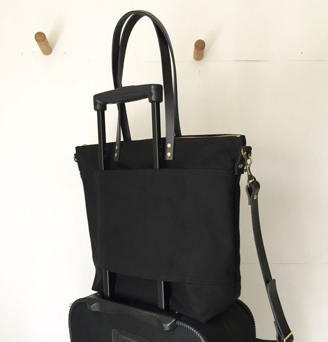 modern-coup-waxed-canvas-leather-bags-carrier-tote-with-front-pockets-black-lugguge-strap
