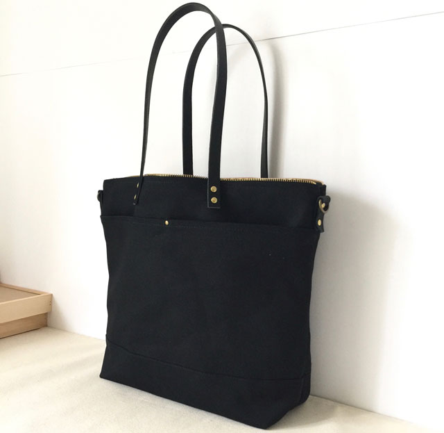 modern-coup-waxed-canvas-leather-bags-carrier-tote-with-front-pockets-black-shoulder-tote