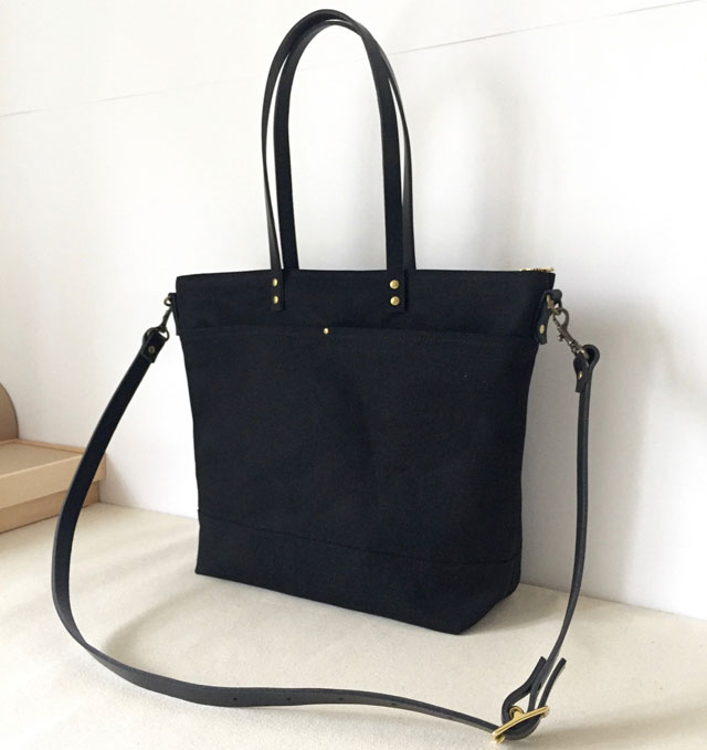 modern-coup-waxed-canvas-leather-bags-carrier-tote-with-front-pockets-black-side