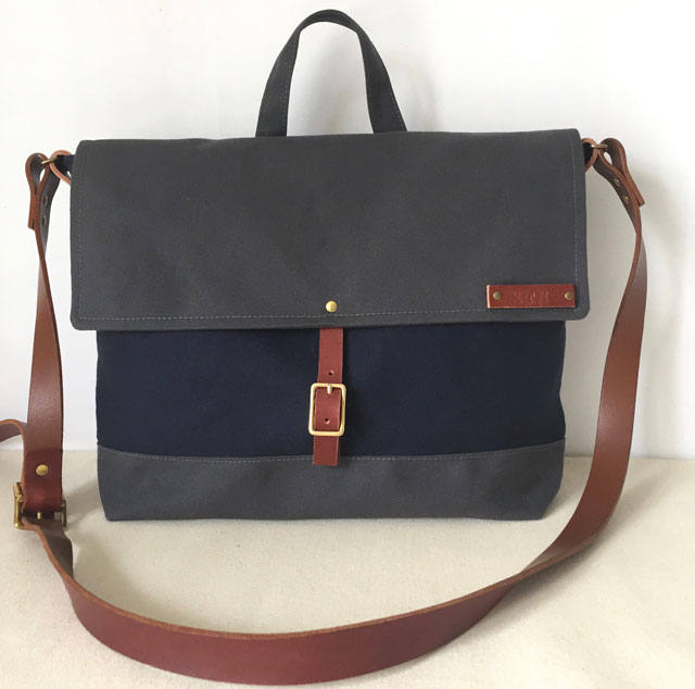 modern-coup-waxed-canvas-leather-bags-courier-bag-blue-grey-front