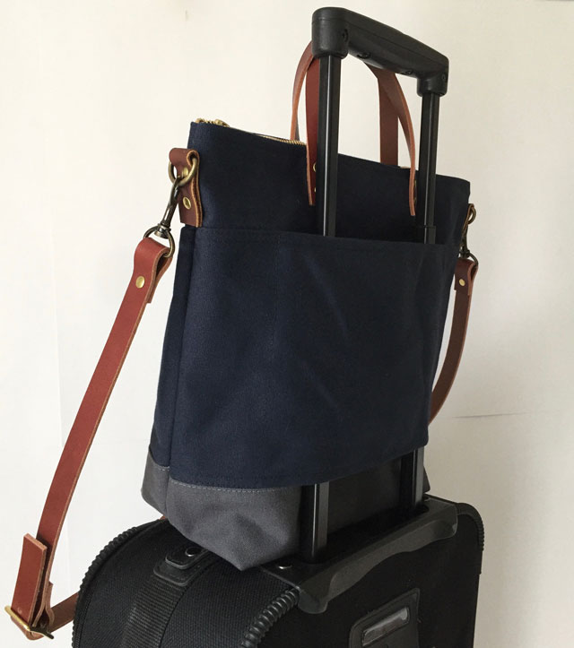 modern-coup-waxed-canvas-leather-bags-custom-cummuter-bag-blue-grey-clare-lugguge-strap