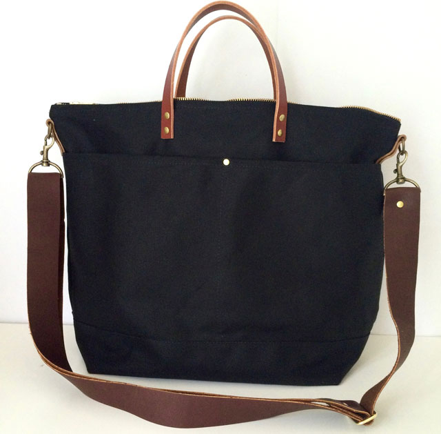 modern-coup-waxed-canvas-leather-bags-large-utility-tote-lindsey-hawaii-front