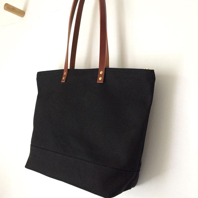 Custom Bag  Medium Zipper Tote  5020f75a9da7