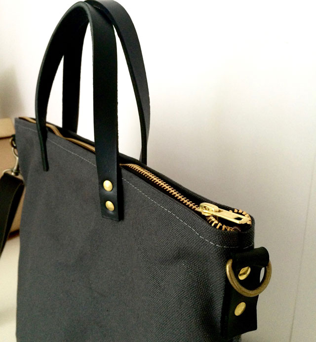 modern-coup-waxed-canvas-tote-commuter-bag-grey-black-side
