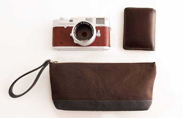 waxed-canvas-carry-pouch-brown-modern-coup